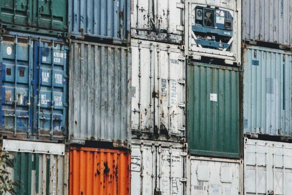 Управление на инвентара и ротация на стоката с логистична компания бЕРС
