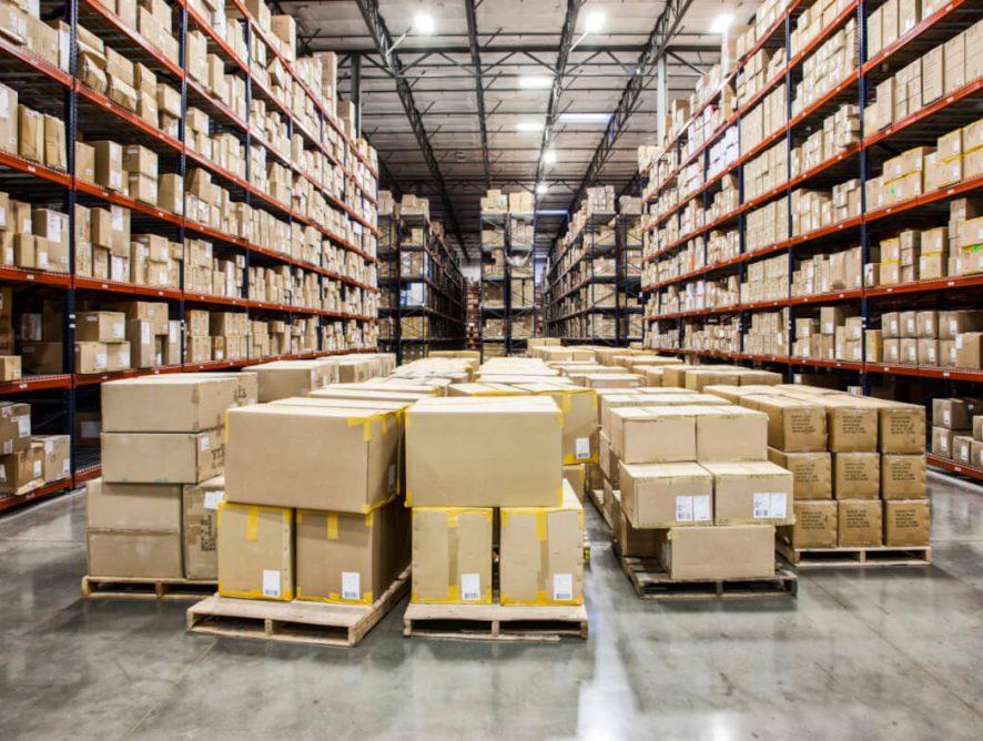 Какво е фулфилмънт център и каква роля играе в онлайн продажбите
